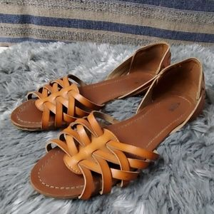 Brown weaved sandals 8 1/2 mossimo